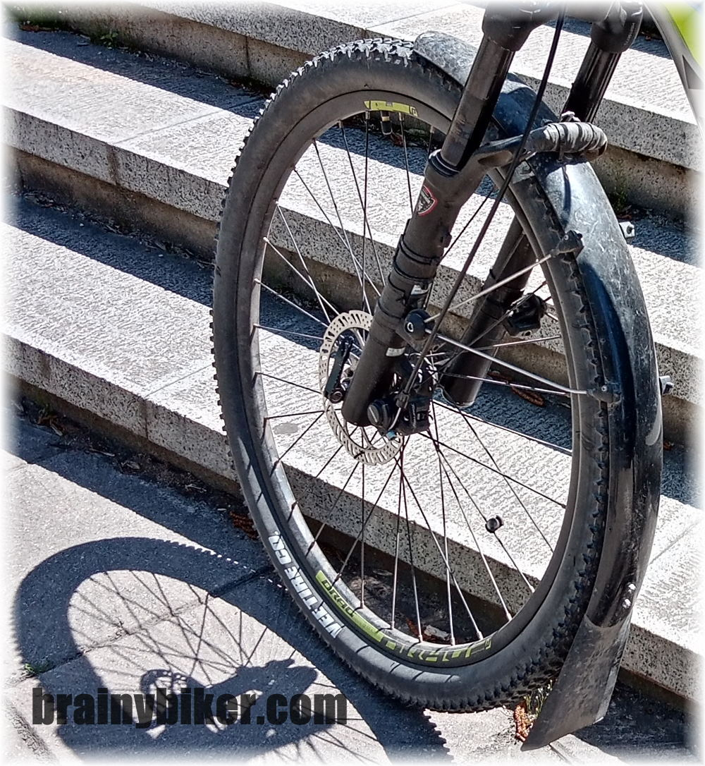 Read more about the article How I Installed a Full Fender and a MudFlap On a Mountain Bike with Disc Brakes (photos)